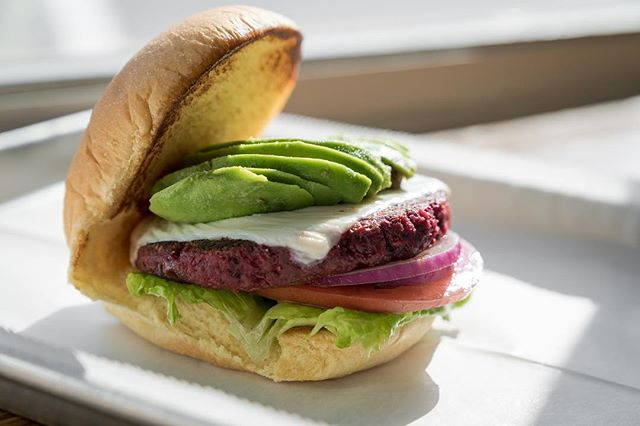 Meat or Beet? Either way, we got you. Try our new and delicious Beet Burger! #beetyourhunger #doggystylemia #gourmet #creations #beets #avocado #vegetarian #localeats #supportlocal #catering #events #miami #littlehaiti