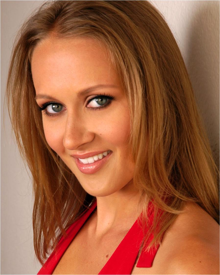 Sara Staples