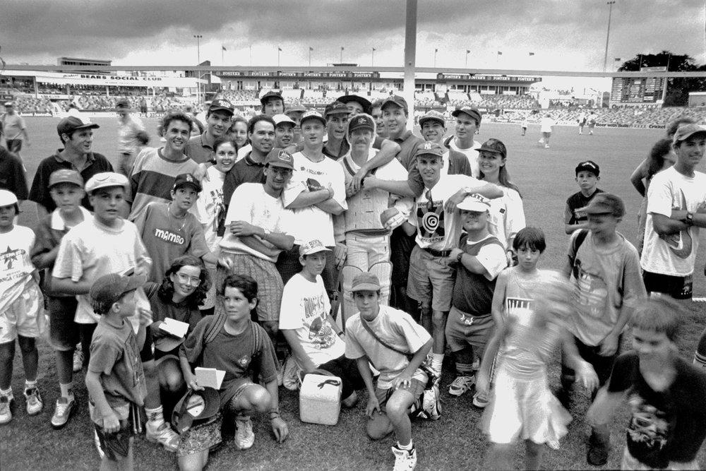 Allan Border fans, Brisbane, December 1993