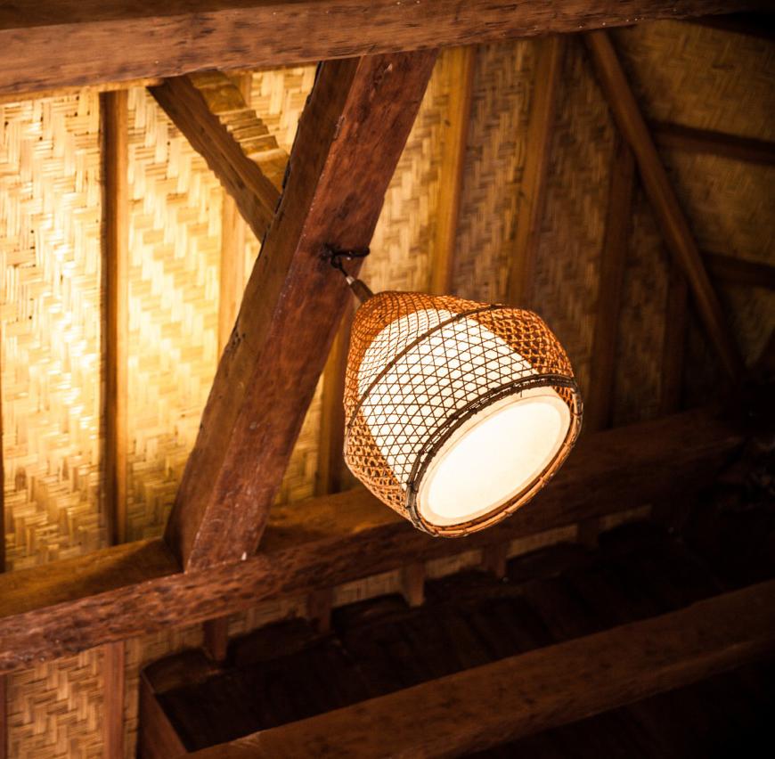 Lombok lamp.jpg