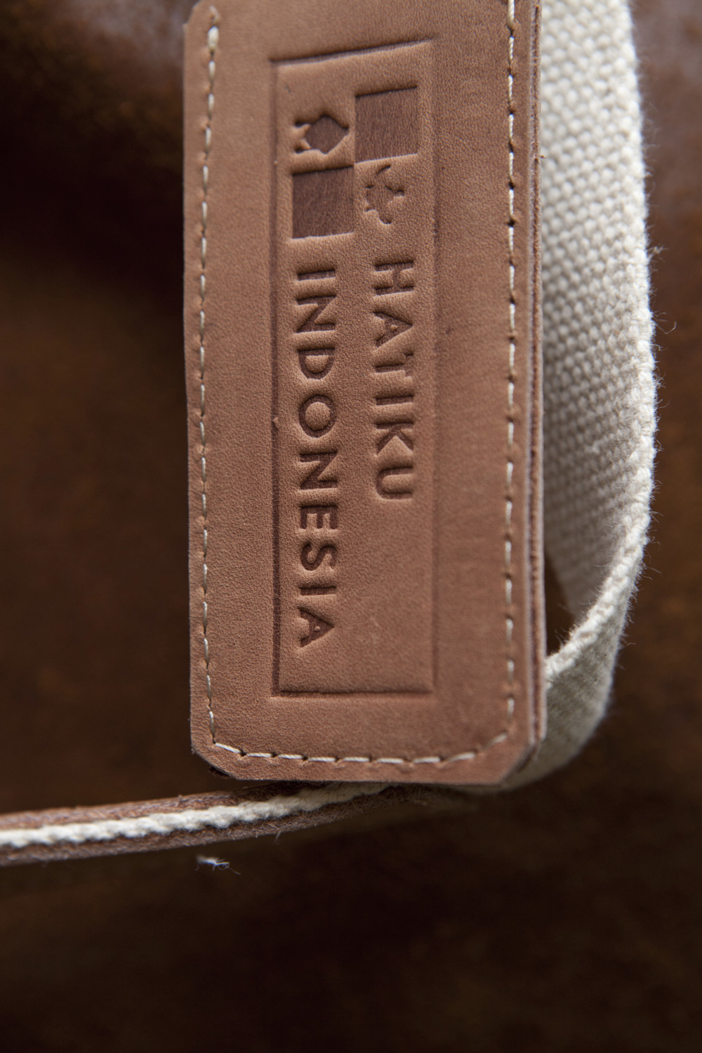 label-working-bag-coklat.jpg