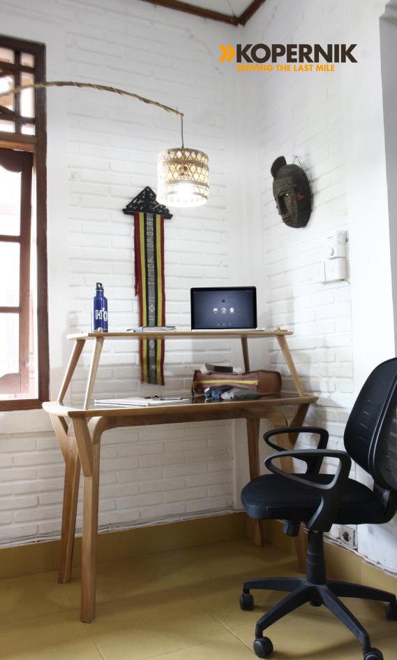 standing desk kopernik.jpg