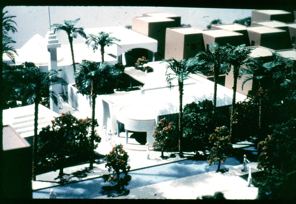cluster model centre.jpg