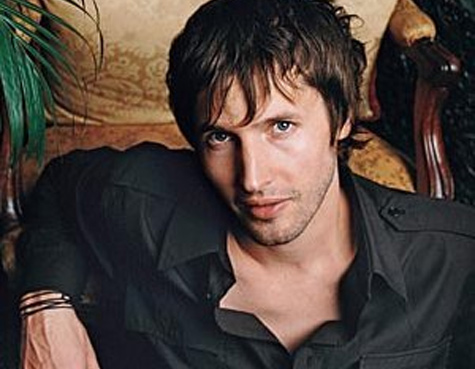 james-blunt-relaxing.jpg