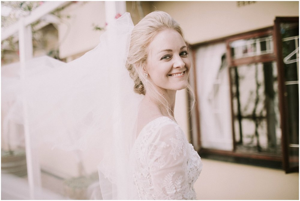 Top Wedding Photographer Cape Town South Africa Artistic Creative Documentary Wedding Photography Rue Kruger_0672.jpg