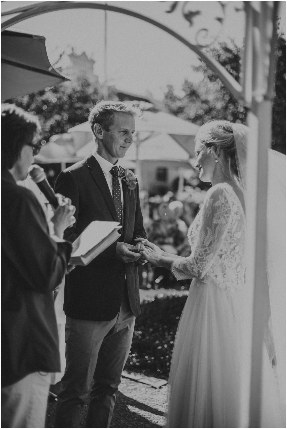 Top Wedding Photographer Cape Town South Africa Artistic Creative Documentary Wedding Photography Rue Kruger_0700.jpg
