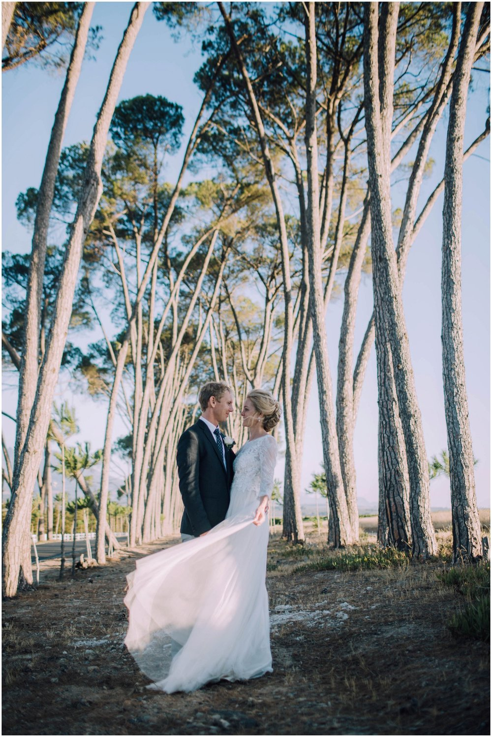 Top Wedding Photographer Cape Town South Africa Artistic Creative Documentary Wedding Photography Rue Kruger_0751.jpg