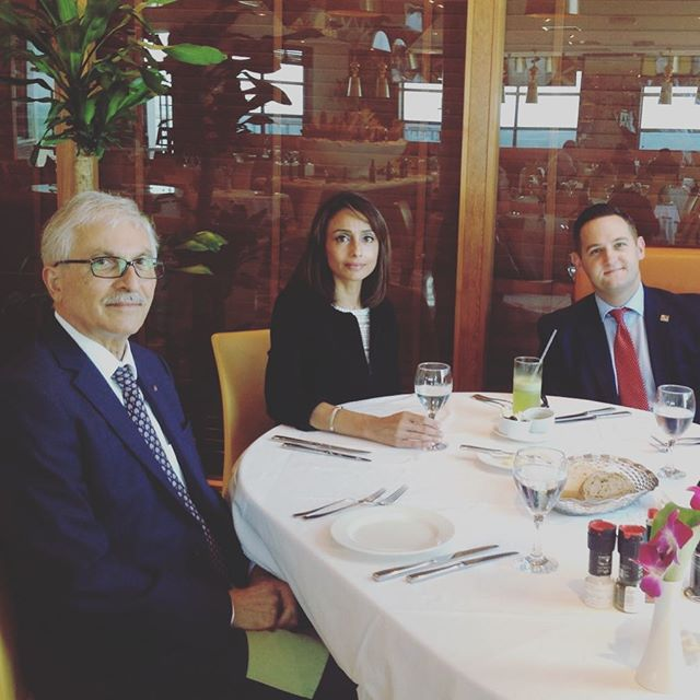Very enjoyable lunch with @kbbcentre board member Prof Kazem Behbehani of @dasmaninstitute #ukkuwait #Kuwait #partnership #friendship