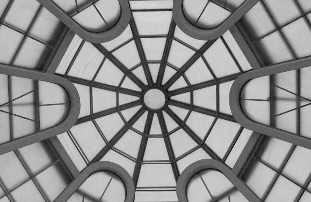 Guggenheim+ceiling+bw.jpg