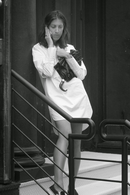 White+dress+and+phone.jpg