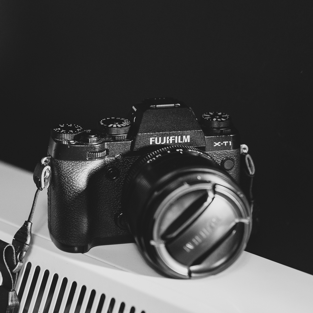 Fujifilm X-T1 with Fujinon XF 56mm f1.2 lens attached
