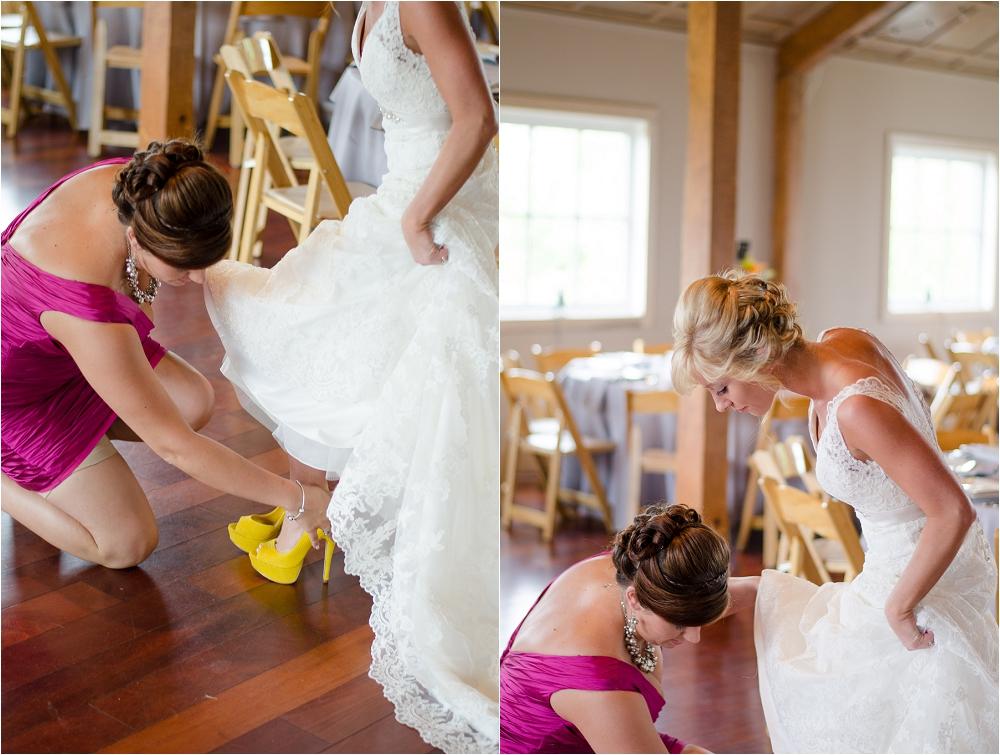 Virginia_Vineyard_Wedding-16