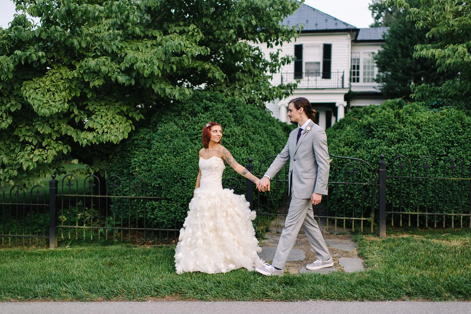 Rustic Sundara Wedding Roanoke Virginia Photographer-277