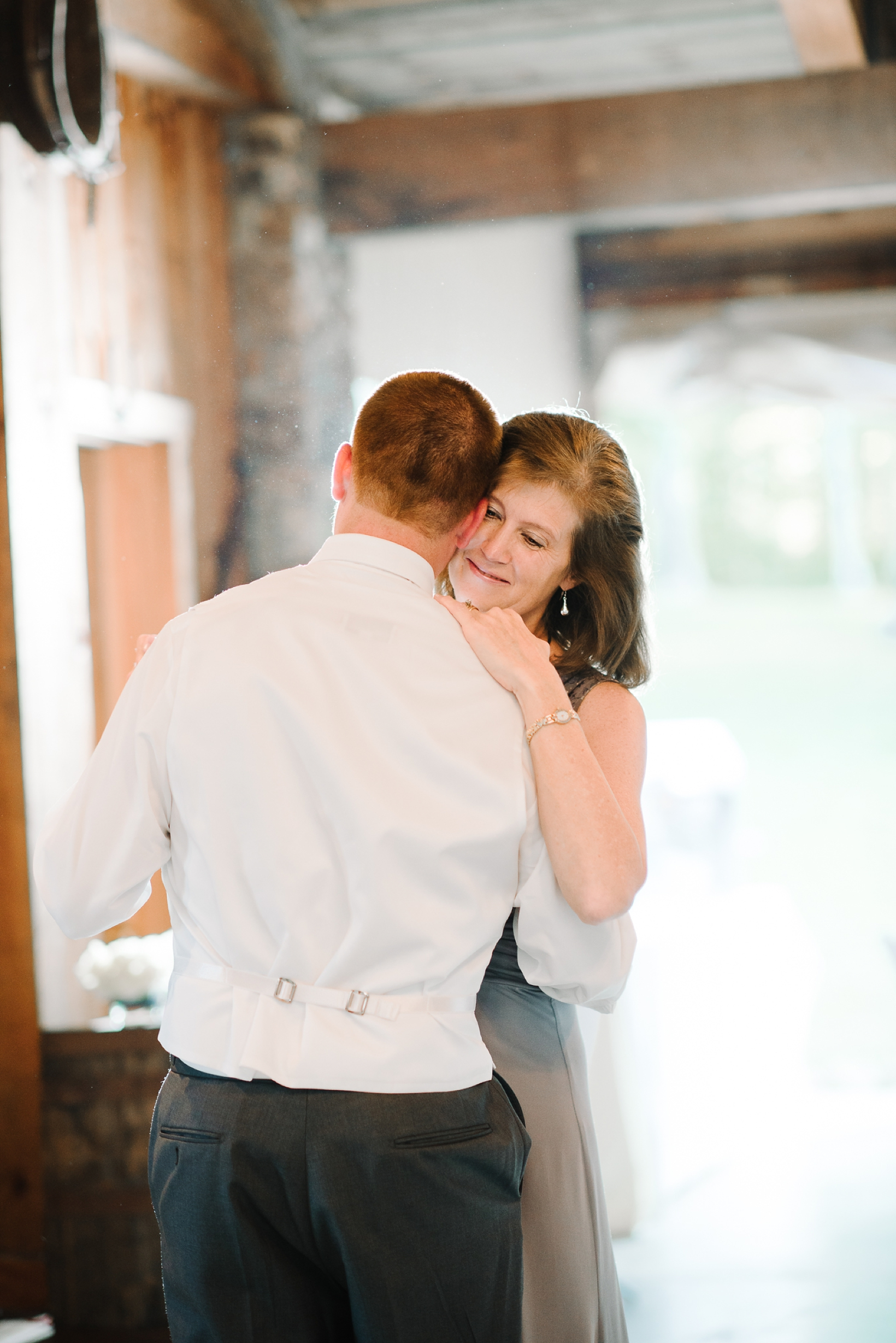 Charlottesville Wedding Photographer Lydia Mountain-149