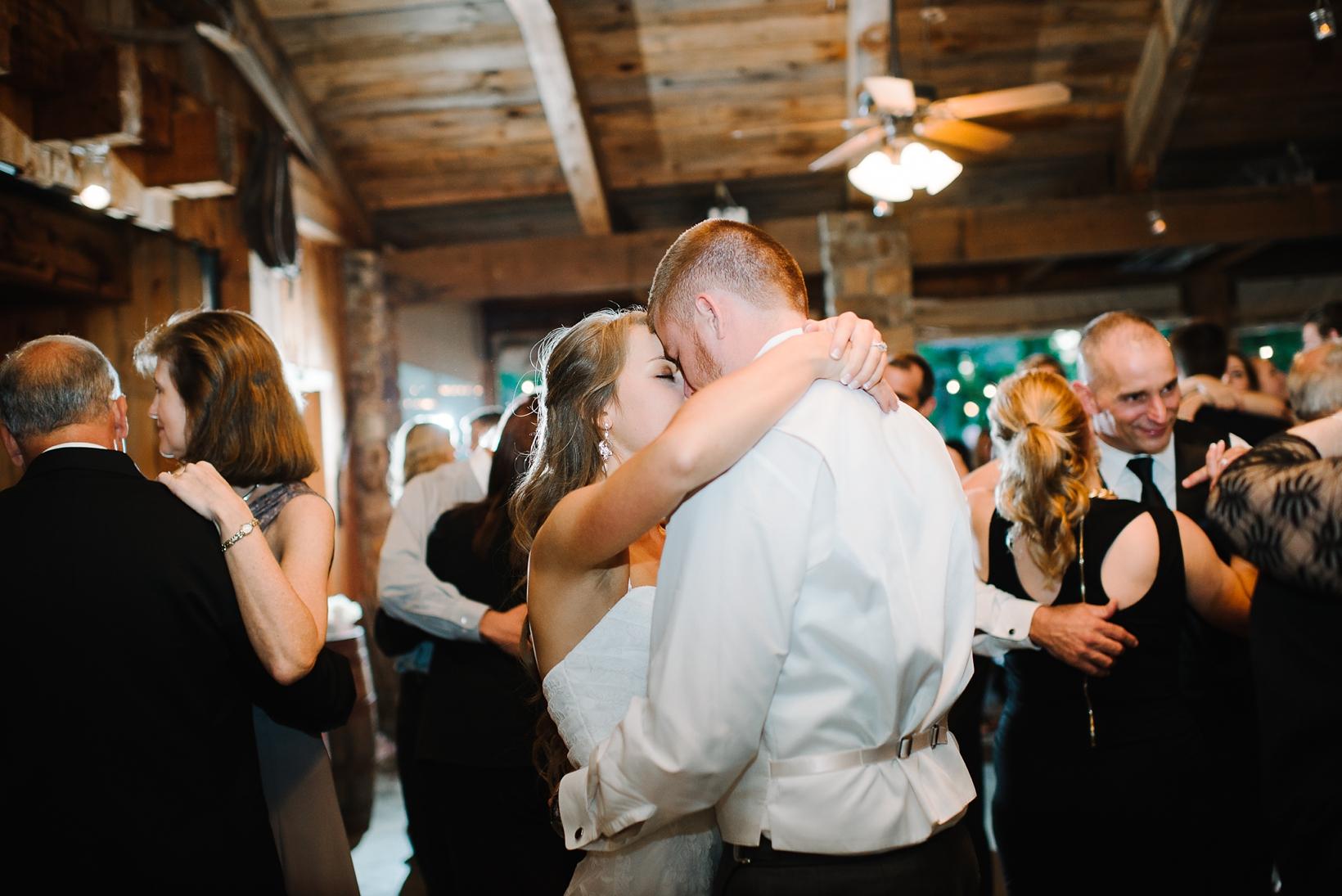 Charlottesville Wedding Photographer Lydia Mountain-174