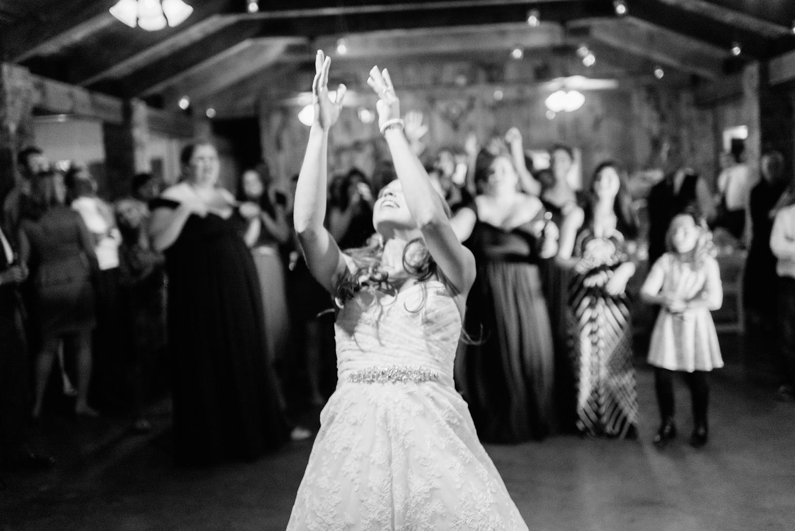 Charlottesville Wedding Photographer Lydia Mountain-206