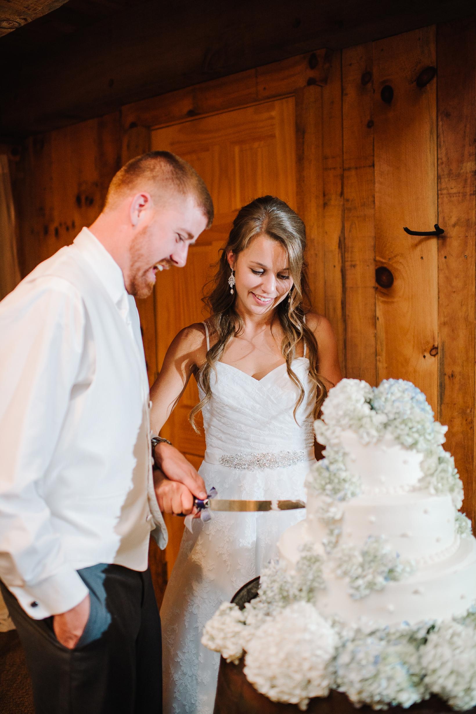 Charlottesville Wedding Photographer Lydia Mountain-211