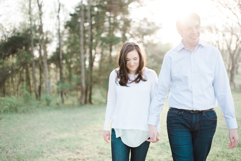 virginia_wedding_photographer_charlottesville_engagemnet_ashlawn_highland_0008.jpg
