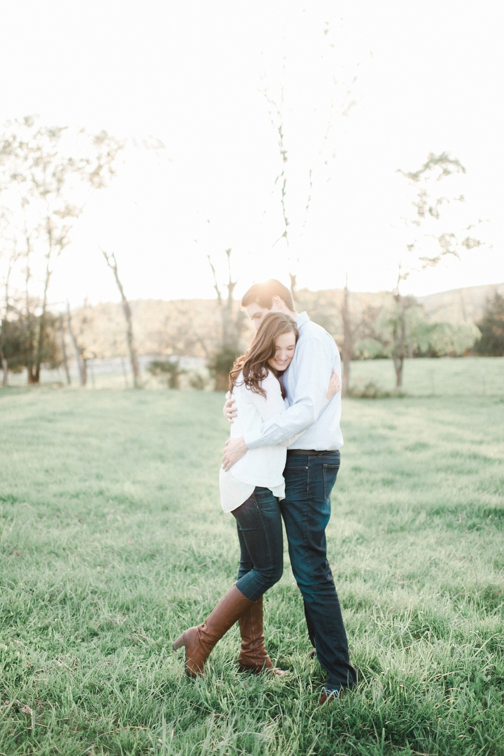 virginia_wedding_photographer_charlottesville_engagemnet_ashlawn_highland_0026.jpg