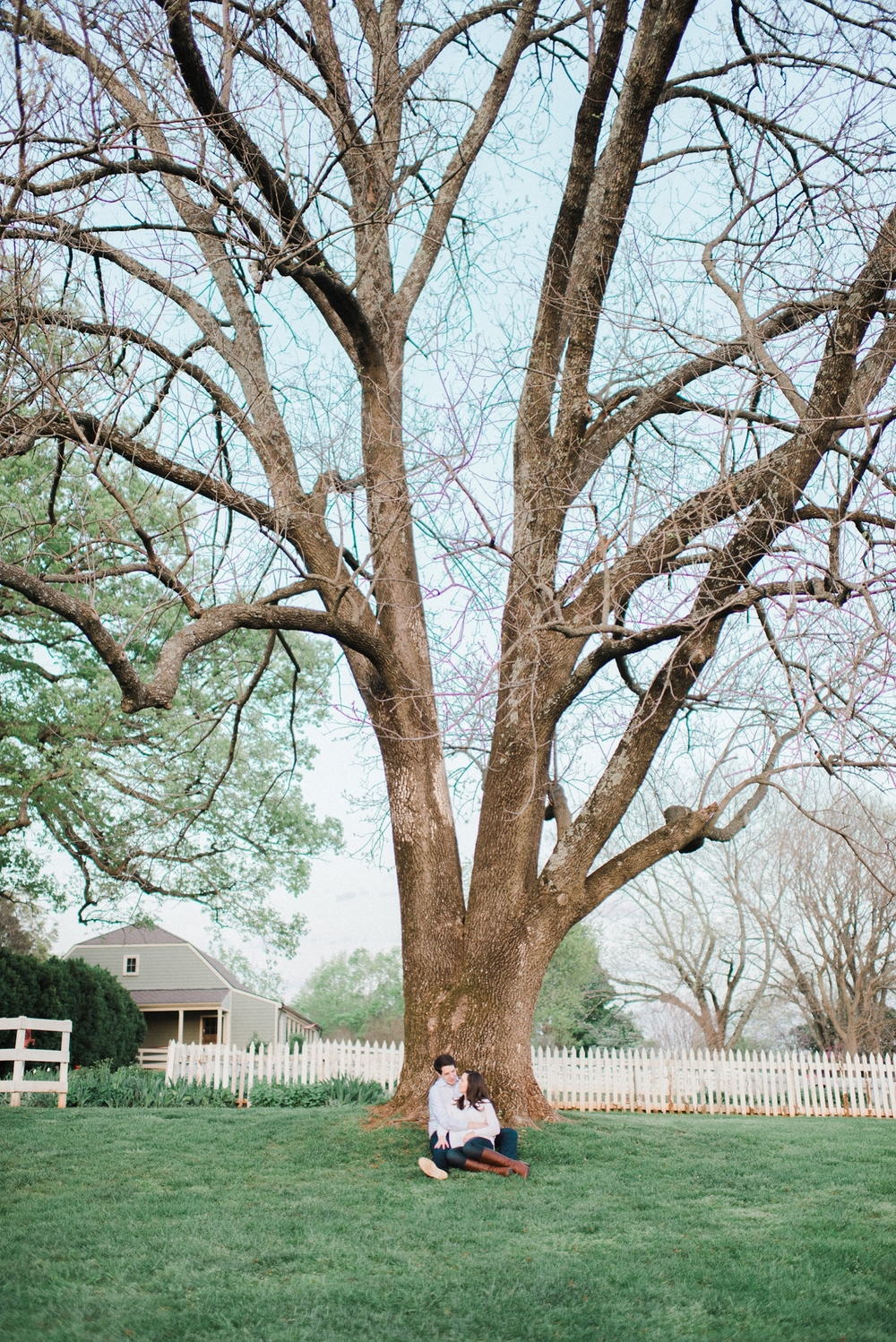 virginia_wedding_photographer_charlottesville_engagemnet_ashlawn_highland_0035.jpg