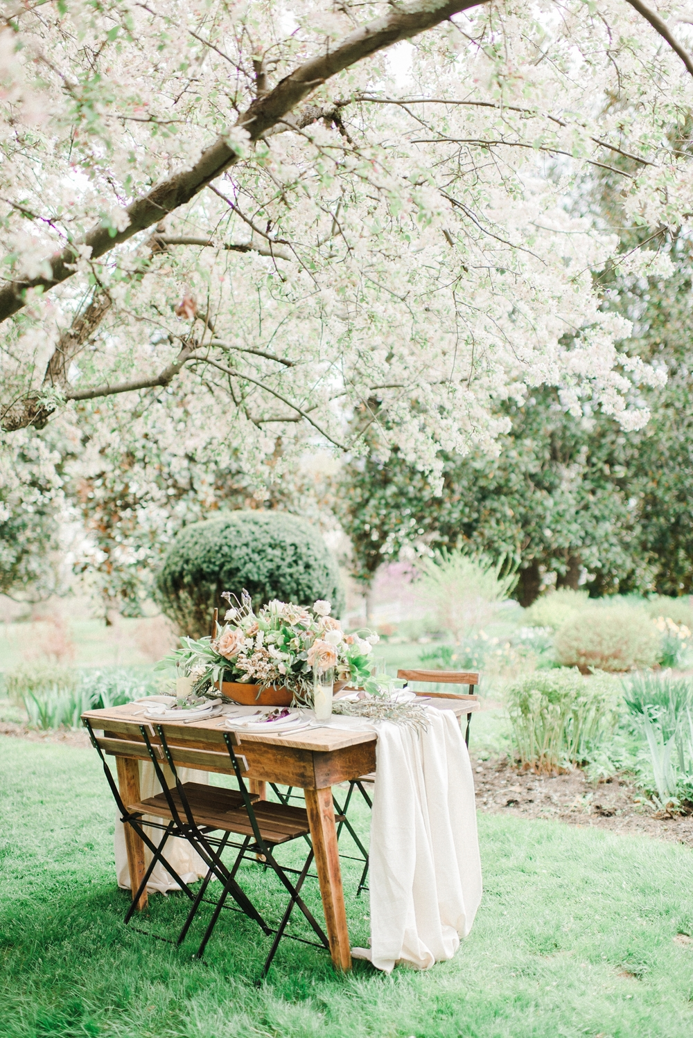 cottage_hill_herb_inspired_wedding_Oatlands_VA_wedding_Photographer_0044.jpg