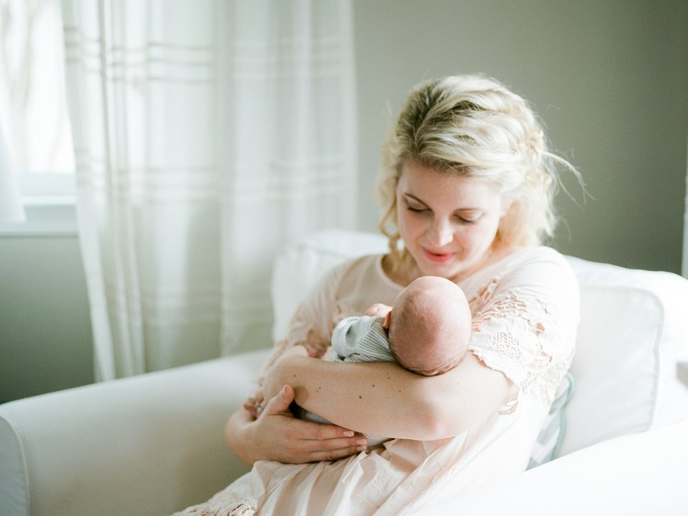 virginia_newborn_lifestyle_photography_fine_art_film_0003.jpg
