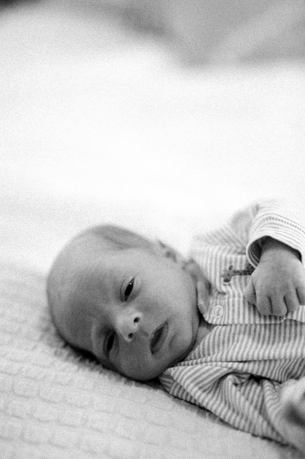virginia_newborn_lifestyle_photography_fine_art_film_0013.jpg