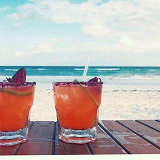Beach time on Sunday with custom cocktails signed by @casabananatulum | #beachservice #oceanvibes #caribbeanstyle #cocktails #mixology #lifestyle #discovermexico #appetizer #oceanview #fresh #tulumdrink #tulumbeach #tulumlife #tropical #destinstion