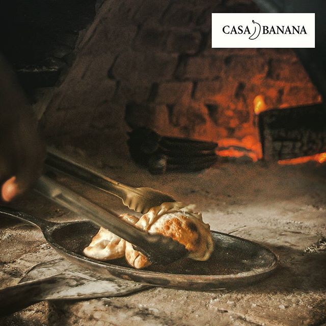 Have you tried our typical Argentine empanadas of meat cut with a knife?  #casabananatulum #tulumfood #argentinecuisine #yummy #homemade #empanadas #tulumlife  #criolecuisine #firekitchen #clayoven #firelovers #foodie #foodgasm #tulum #lifeisgood #eatwell