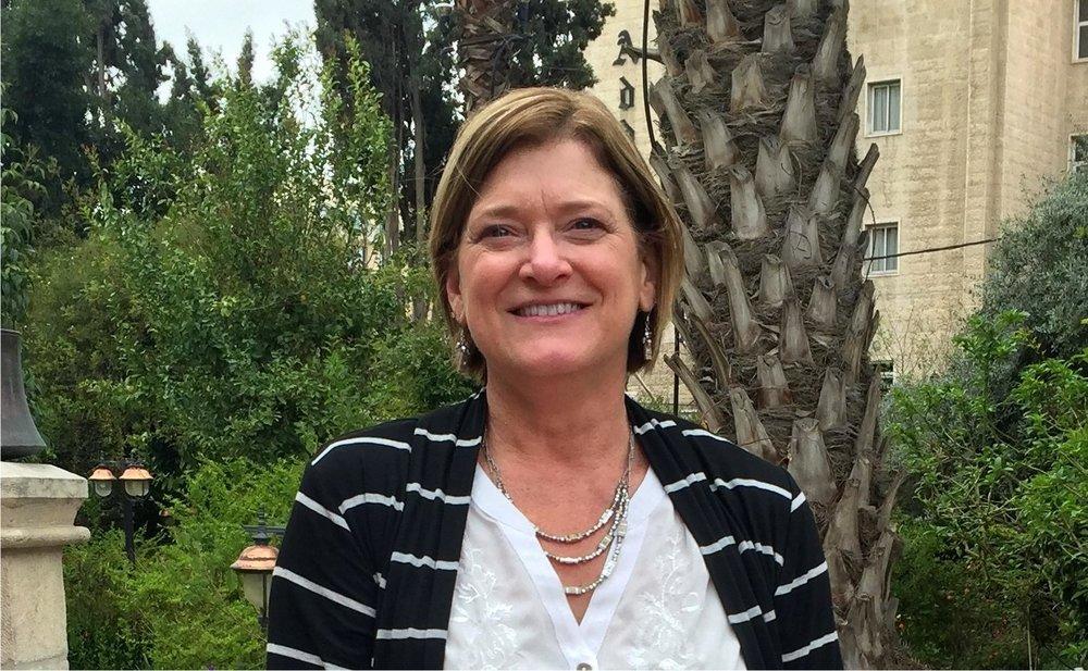 Lynn Clouser Holt