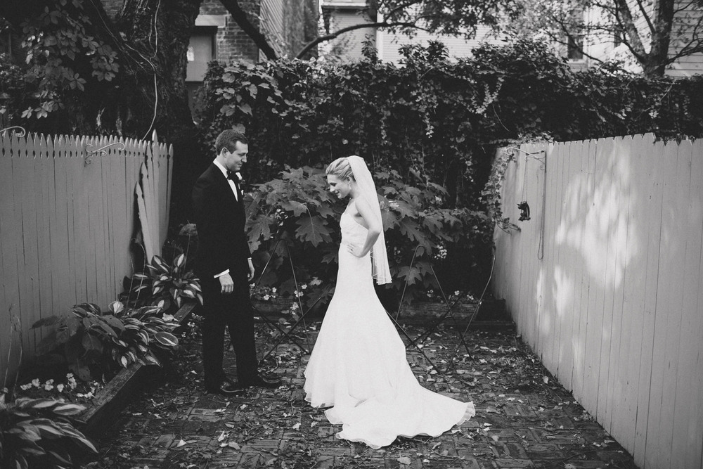 EC-Modern-Cincinnati-Wedding-051@2x.jpg