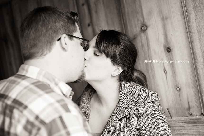 St. Louis Engagement Photographer :: Couple Kissing in a Barn