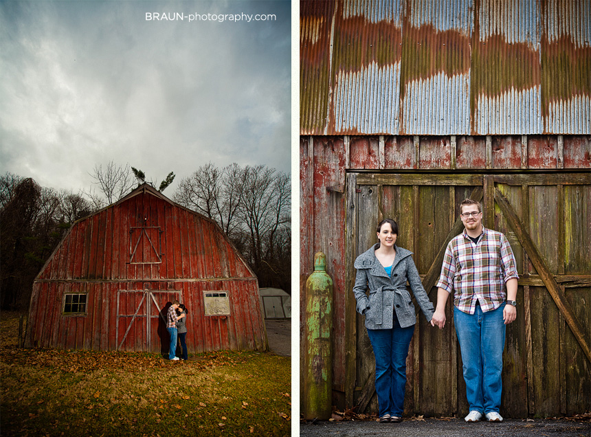 St. Louis Engagement Photographer :: Rugged Old Barn