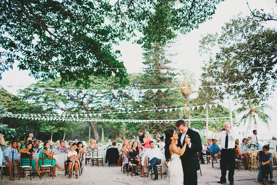 Hawaiian Outdoor Wedding Reception