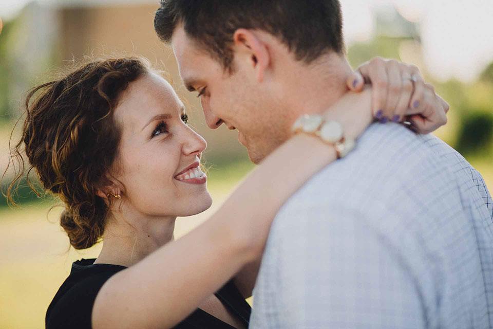 Emily-Dan-Dayton-Engagement-010