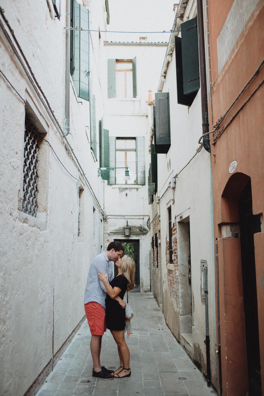 Kristy-Seth-Italy-Elopement-018@2x.jpg