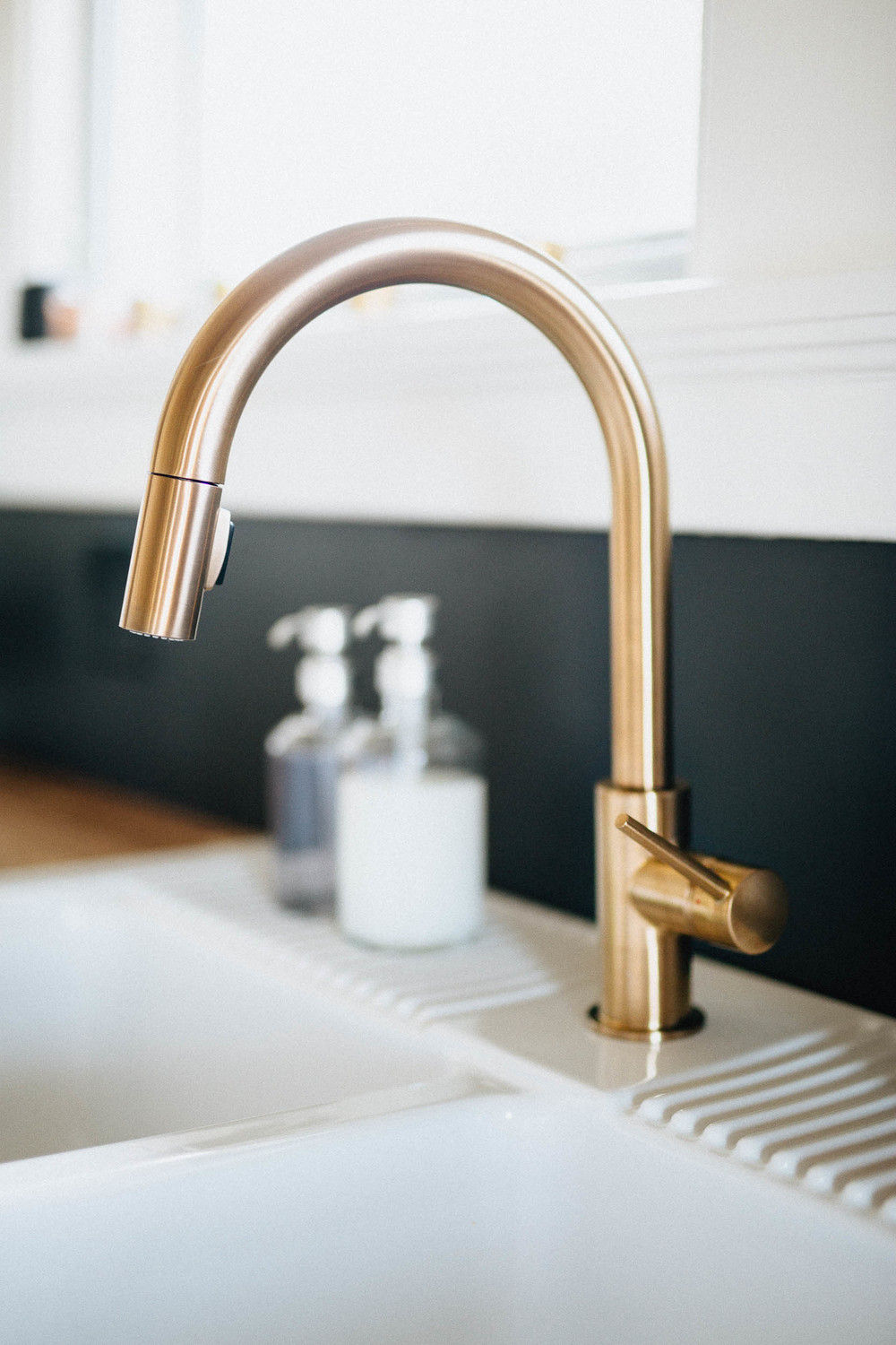 Modern Kitchen - Gold Faucet