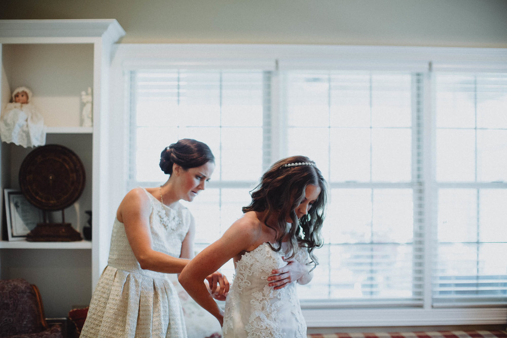 Keri-Joseph-Downtown-Dayton-Wedding-TopoftheMarket-013@2x.jpg