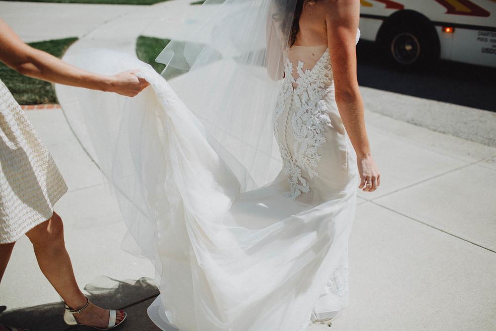 Keri-Joseph-Downtown-Dayton-Wedding-TopoftheMarket-019@2x.jpg