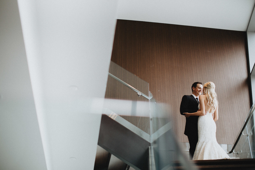 Alana-David-Cleveland-Old-Courthouse-Wedding-061@2x.jpg
