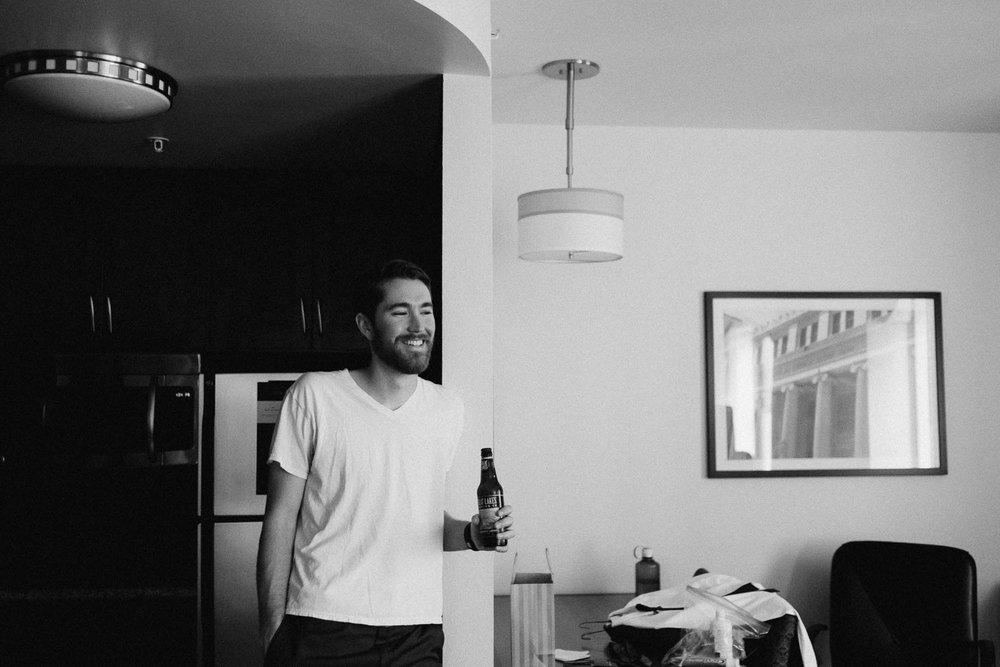 Sara-Tyler-Cincinnati-Wedding-Rhinegeist-Brewery-019.jpg