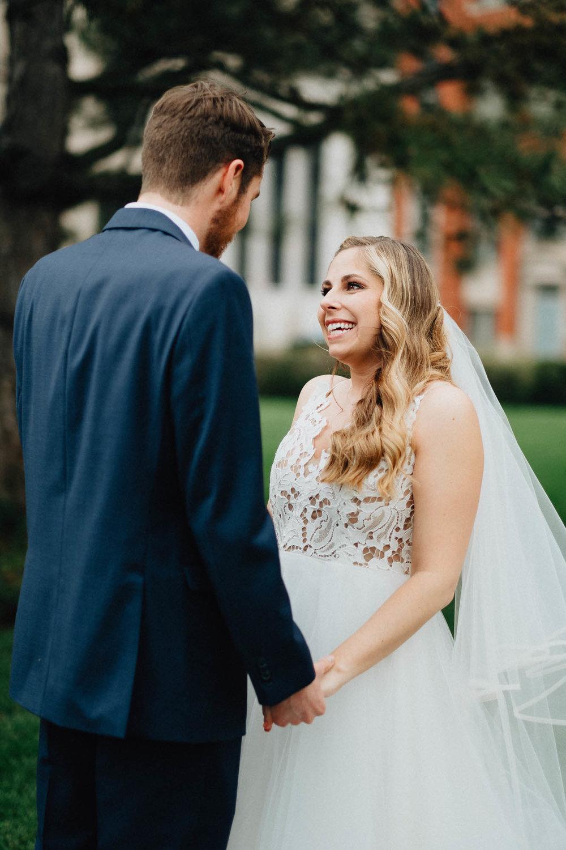 Sara-Tyler-Cincinnati-Wedding-Rhinegeist-Brewery-033.jpg
