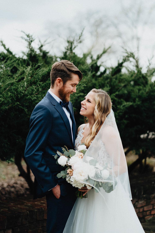 Sara-Tyler-Cincinnati-Wedding-Rhinegeist-Brewery-040.jpg