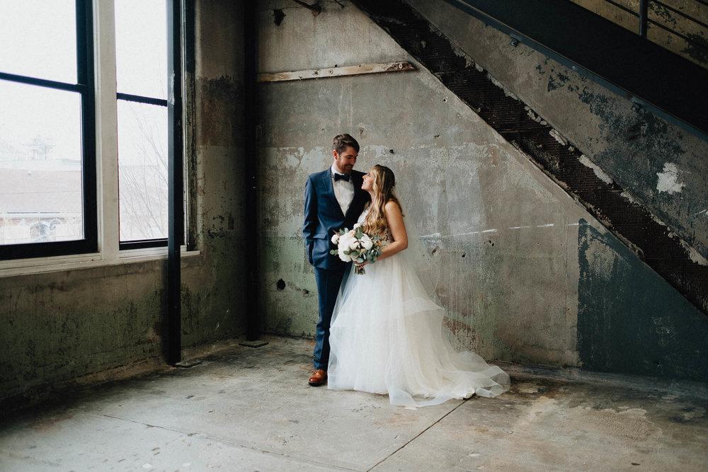 Sara-Tyler-Cincinnati-Wedding-Rhinegeist-Brewery-064.jpg