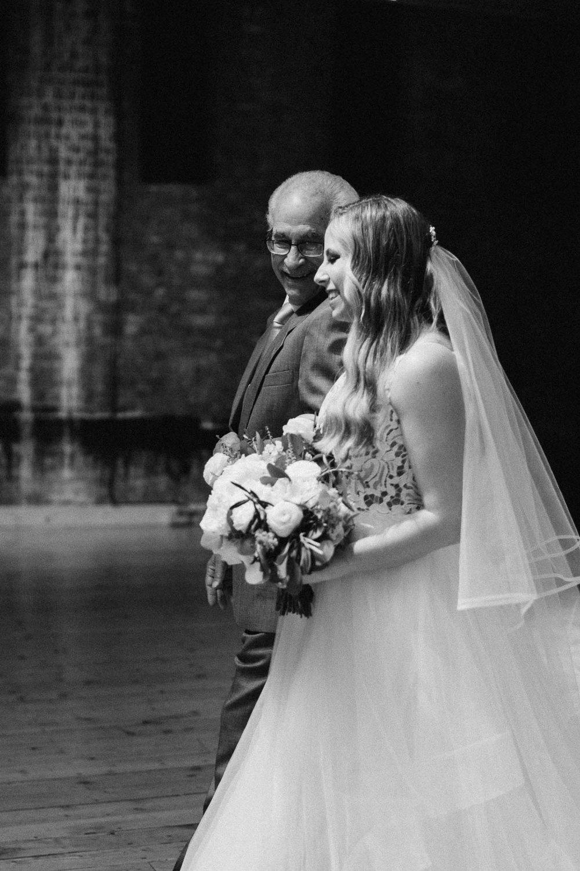 Sara-Tyler-Cincinnati-Wedding-Rhinegeist-Brewery-080.jpg
