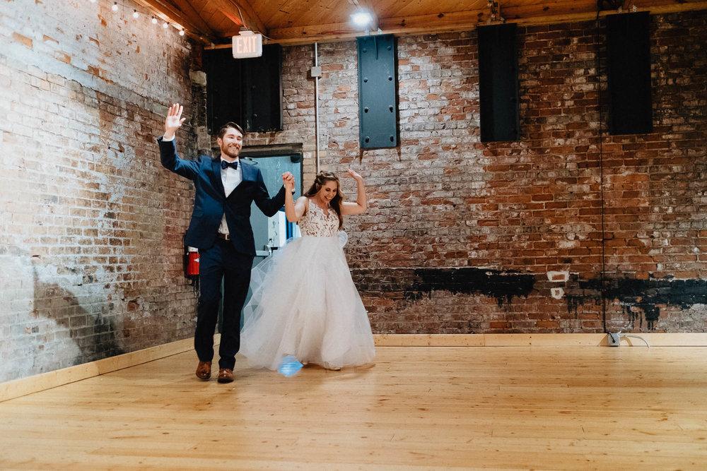 Sara-Tyler-Cincinnati-Wedding-Rhinegeist-Brewery-106.jpg