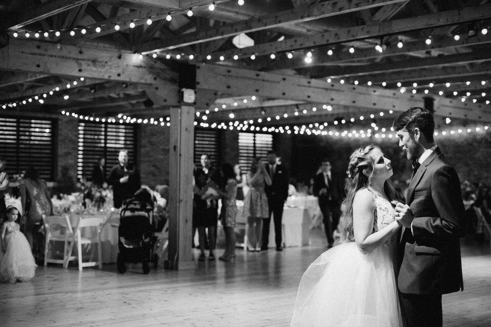 Sara-Tyler-Cincinnati-Wedding-Rhinegeist-Brewery-111.jpg