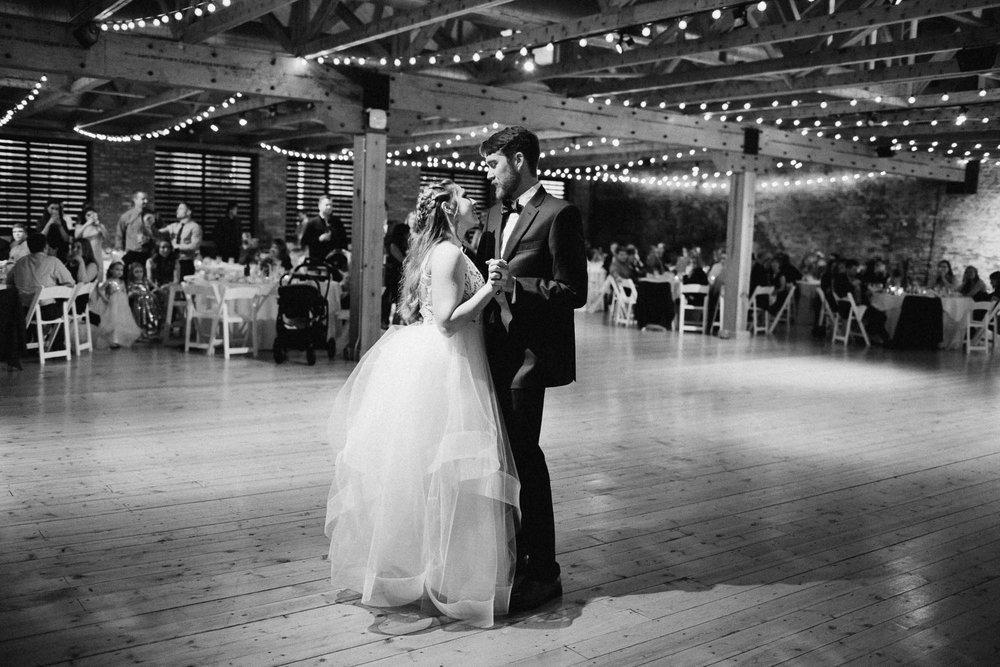 Sara-Tyler-Cincinnati-Wedding-Rhinegeist-Brewery-112.jpg