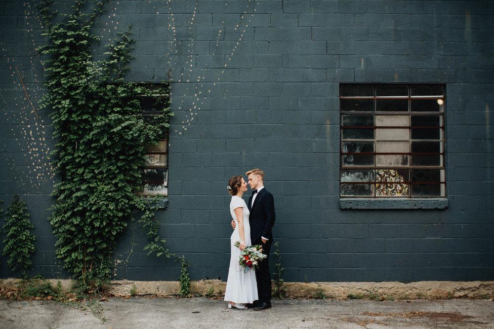 Anna-Brian-Strongwater-Columbus-Ohio-Urban-Modern-Wedding-027.jpg