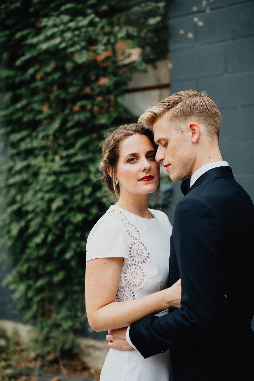 Anna-Brian-Strongwater-Columbus-Ohio-Urban-Modern-Wedding-029.jpg